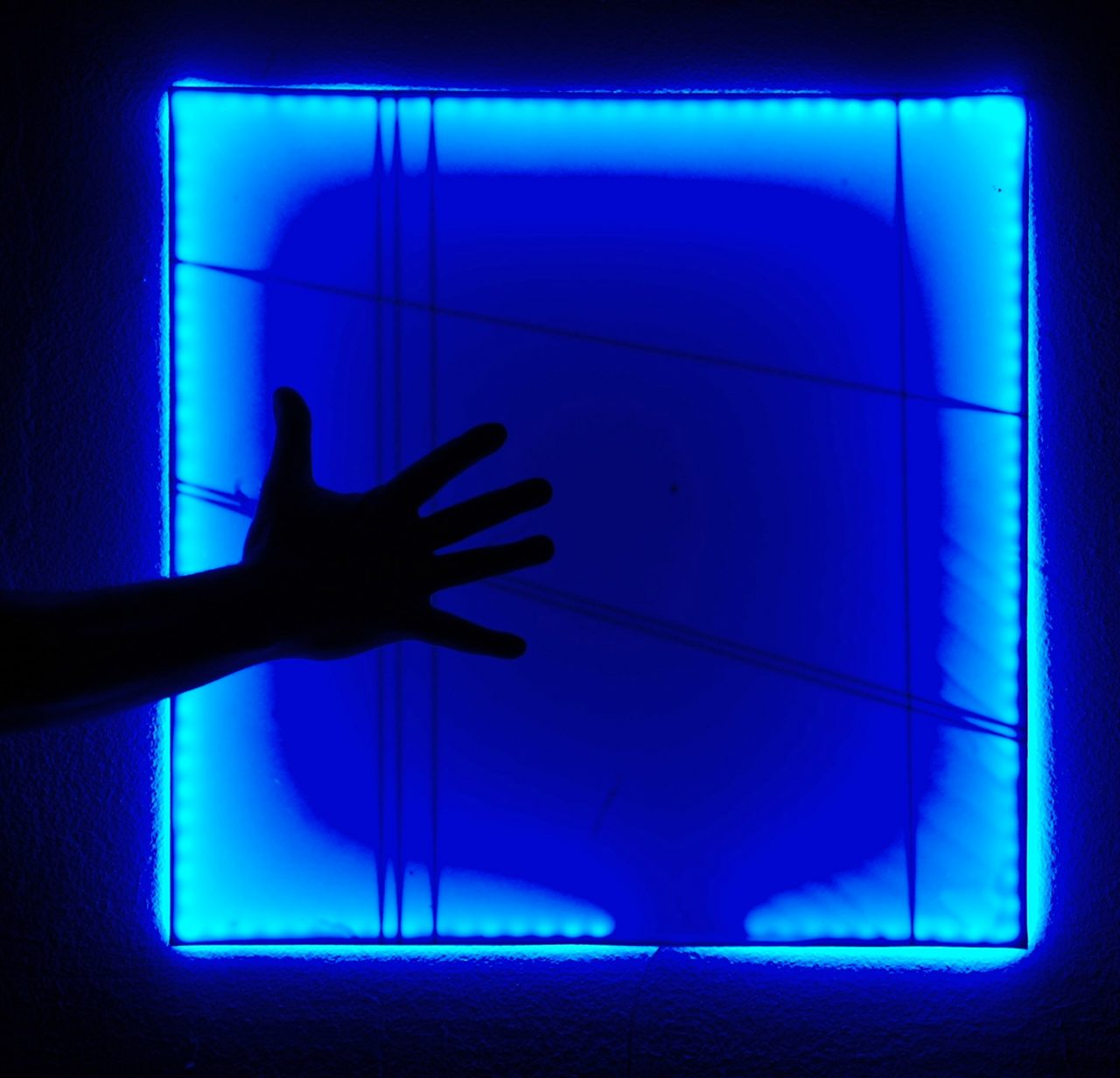 Touch me, porcellana con led rgb